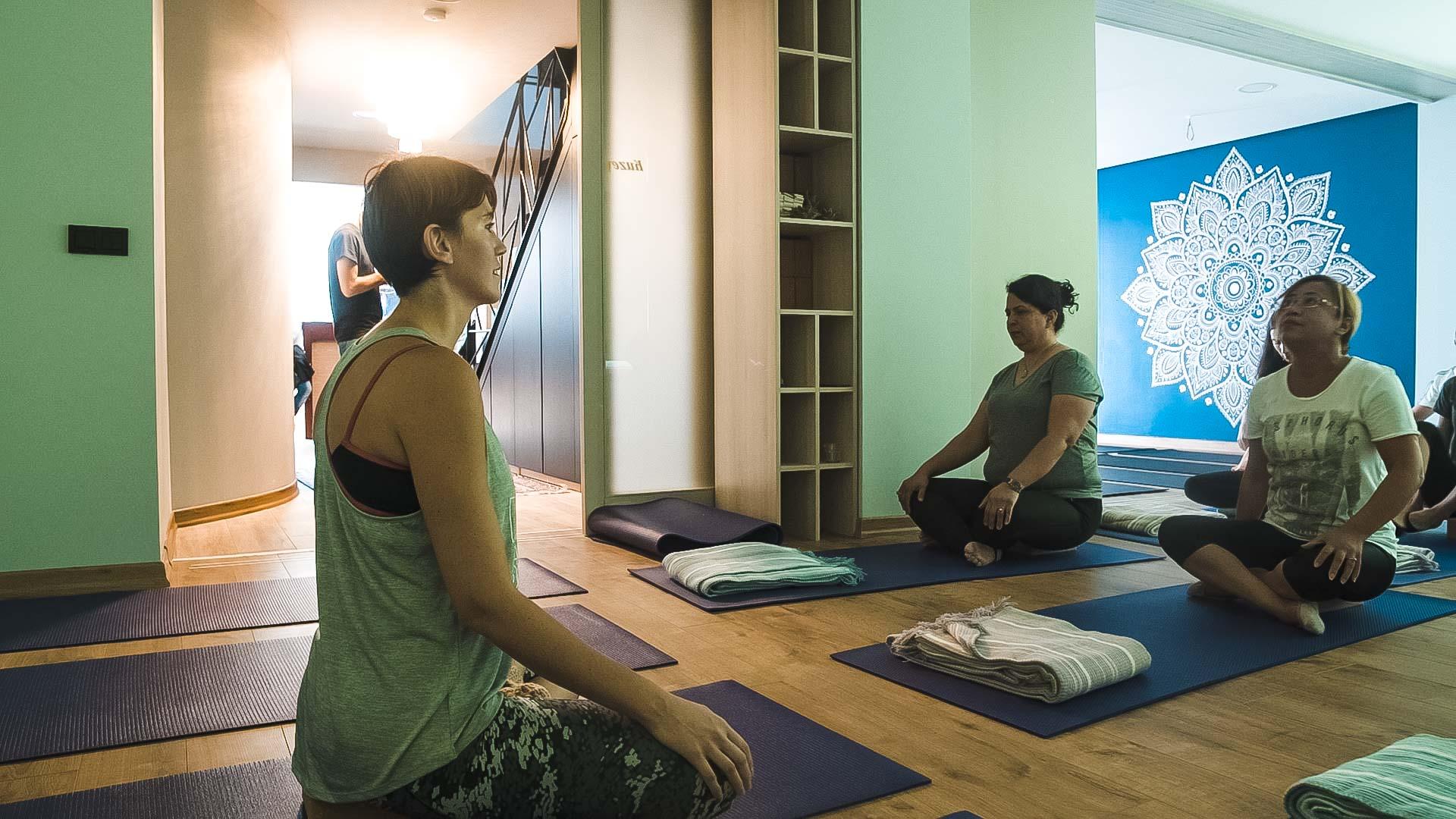 grup dersi, yoga, venüs sirius