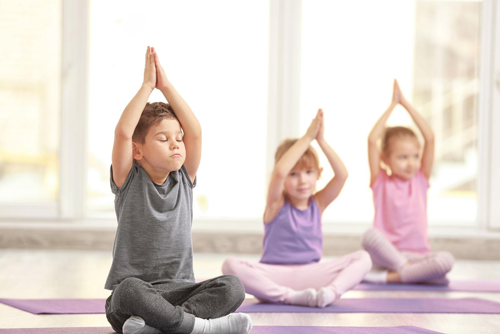 Çocuk yogası çocuklarınızın gelişimine büyük fayda sağlar.