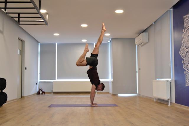 Yoga Nedir ? Yoga Nasıl ?